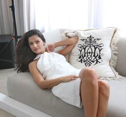 468 - סנדי בר עושה קאמבק,  כפרזנטורית של חברת מוצרי המילוי ALLERGAN ISRAEL