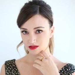 """3091 - השחקנית נלי תגר נבחרה לככב בקמפיין H&M של קולקציית """"CONSCIOUS"""" לאביב 2019."""