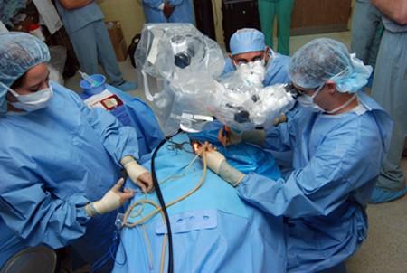 3653 - כל מה שצריך לדעת על הזרקות, טיפולים אסתטיים וניתוחים פלסטיים.