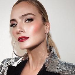 """3682 - בחירת השנה: אילנית לוי נבחרה כפרזנטורית של בית האופנה,""""גולברי - GOLBARY""""."""