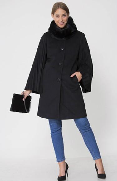 """3692 - בחירת השנה: אילנית לוי נבחרה כפרזנטורית של בית האופנה,""""גולברי - GOLBARY""""."""