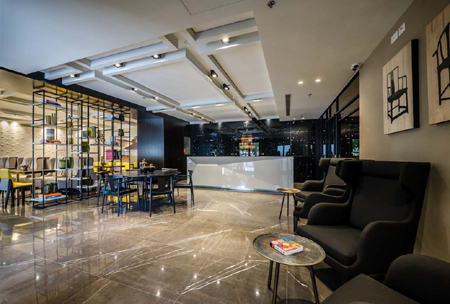 3990 - רשת מלונות גולדן קראון, פותחת מחדש את מלונות הרשת בחיפה ובנצרת.