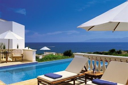 3991 - קבוצת המלונות ת'אנוס, בקפריסין מחכה לנופשים הישראלים.