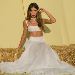 4015 - ומי הגיע לתצוגת האופנה של המעצבת אוריה עזרן?