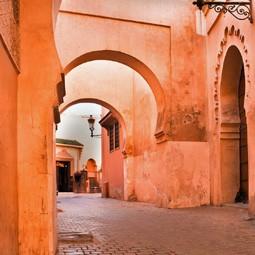 4464 - אסף כהן, הבעלים והמנכ״ל של חברת הטיולים Red Pineapple, מספר לנו על מרוקו היעד החם של השנה.